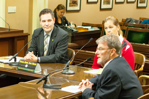 Linder Bill to Protect Seniors Gains Unanimous Committee Vote
