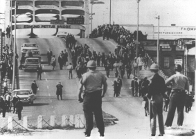 Bloody Sunday: Police officers await demonstrators