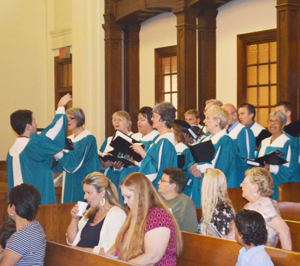 First Congregational Church Choir singing a praise selection