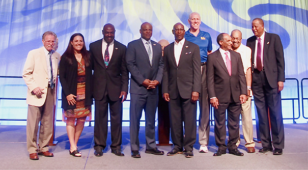 (l-r) Danny (Little Red) Lopez, Lisa Fernandez, Christian Okoye, Warren Moon, Eric Dickerson, Bill Walton, Mike Garrett, unidentified member, Jamal Wilkes