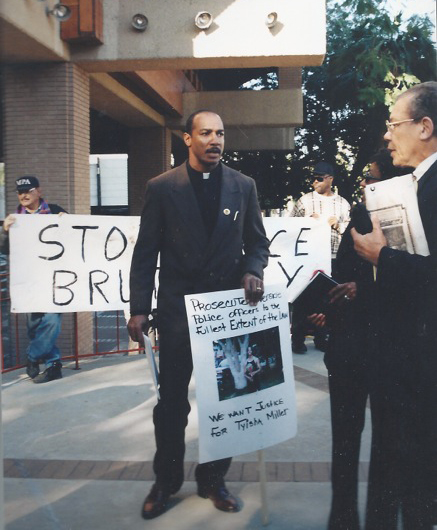 Tyisha Miller protesters in front of Riverside City Hall. 1999. Photo by Cheryl R. Brown.
