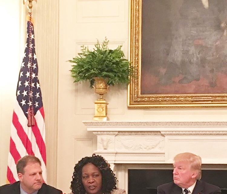 Mayor Warren Discusses Infrastructure with President Trump