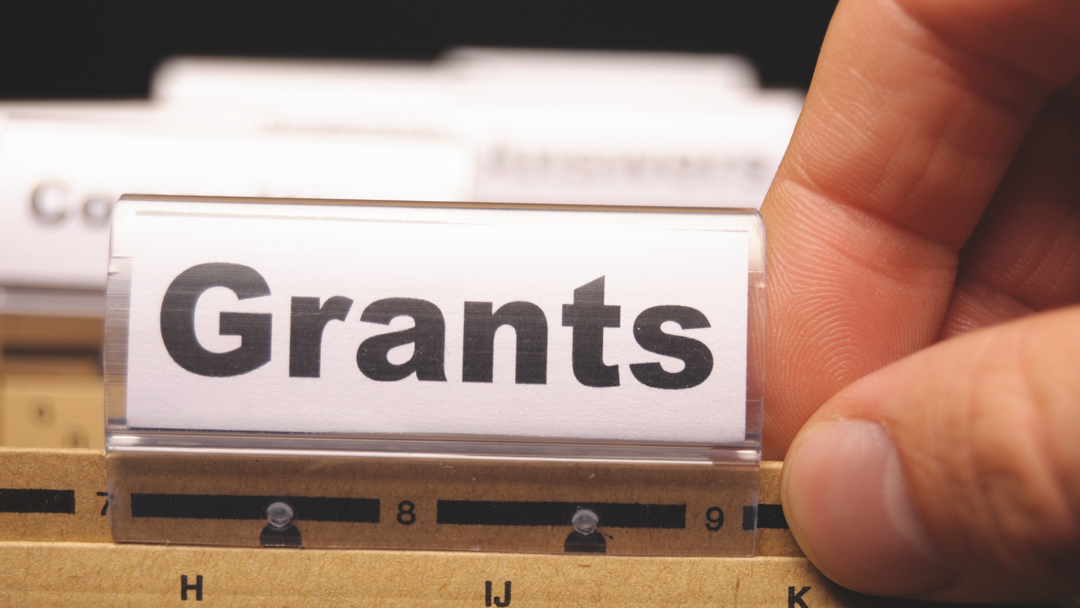 New Grants Will Help Community College Students to Work Less and Study More