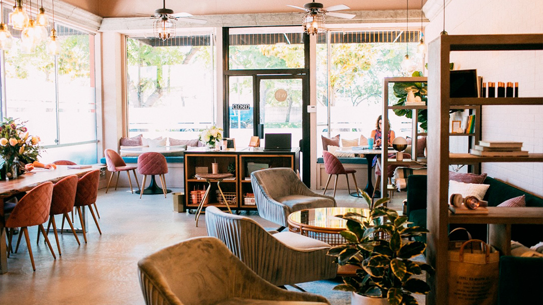 New Lounge and Workspace for Women