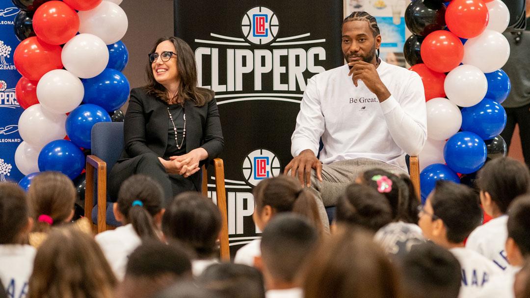 Kawhi Leonard Makes Surprise Visit To His Moreno Valley Elementary School