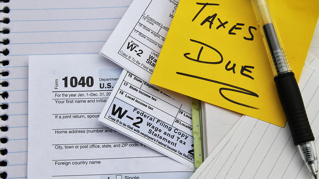 Tax Deadline Extended, Americans Urged to File Online