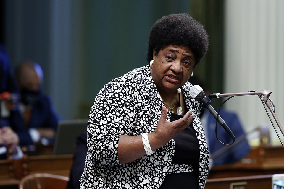 Dr. Shirley Weber Takes Oath to Serve as California Secretary of State